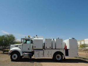 Peterbuilt-Lube-Truck-Southwest-Products