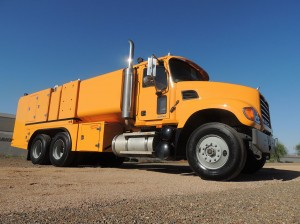 2000-Gl-Lube-Truck-Southwest-Power-Generation-Lube-Trucks